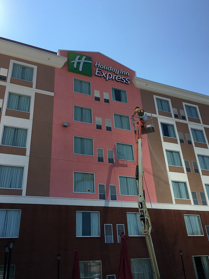 Power Washing Hotels Augusta Ga